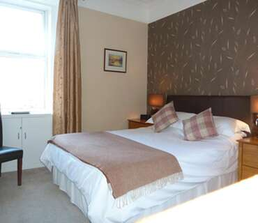 King En-suite Room(inc. Breakfast) Rm 2