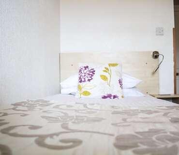 Single En-suite Room (inclusive of breakfast)
