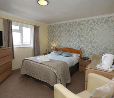 Double Room Without En Suite Facilities