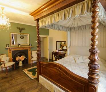 Lord Dundonald Double En-suite Room (inc. Breakfast)