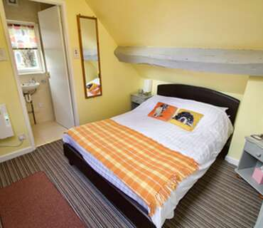 James GlazebrookDouble En-suite Room (inc. Breakfast)
