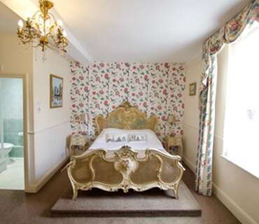 William Hazeldine Double En-suite Room (inc. Breakfast)
