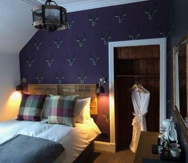 Room 2 - Kingsize En-Suite Room (inc. Breakfast)