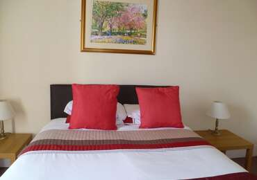 Double En-suite Room (inc. Breakfast)Nonrefundable
