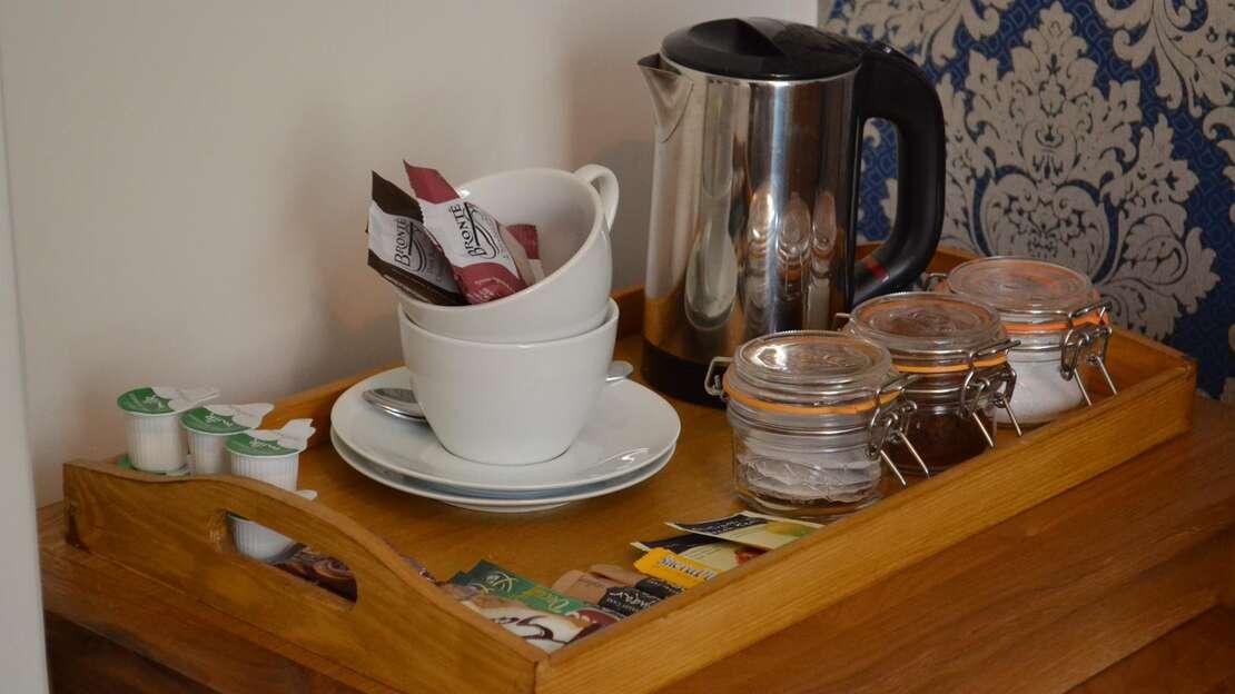 4 - coffee tray.JPG_1555150931