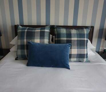 Superior Twin Room With En-suite And Sea Views( Breakfast Included)