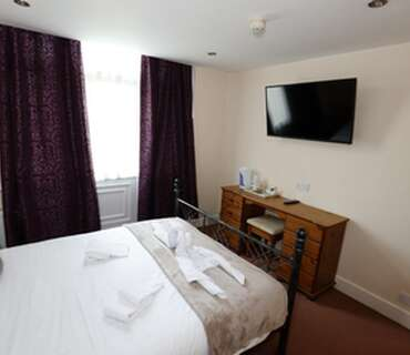 Double En-suite Room (Room Only) non-refundable