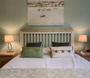 Single En-Suite Garden Room