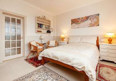 Double with En-suite and Garden View