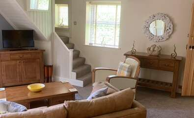 Yarrow Cottage - Super King Bed (with Breakfast) - Non Refundable
