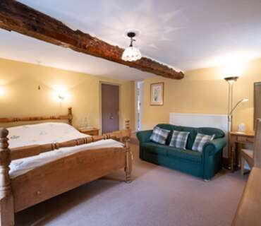 King Size Double En-suite Dinner, Bed And Breakfast Rate