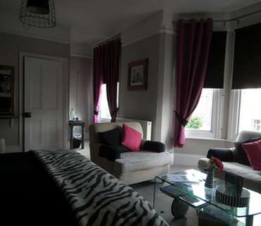 Claremont Double En Suite Room (inc Breakfast)