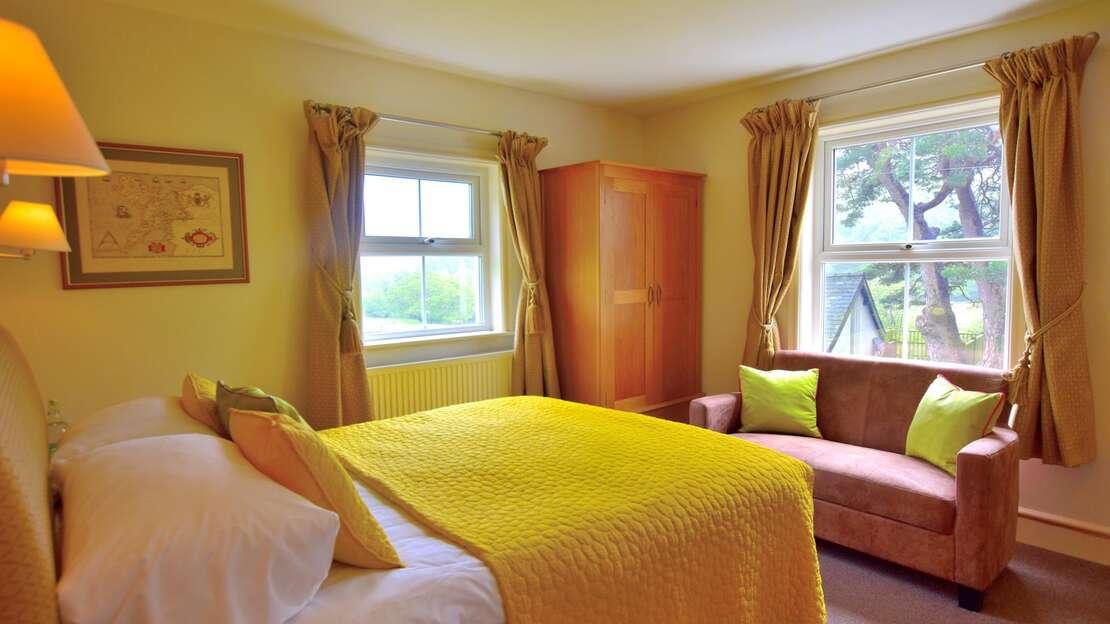 Room 1C.JPG_1562701879
