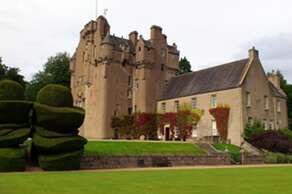 Crathes Castle (1/2 hour by car)