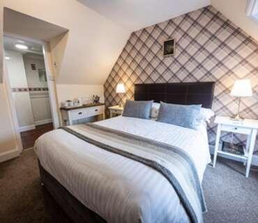 Double En-suite Room 4 (inc. Breakfast)