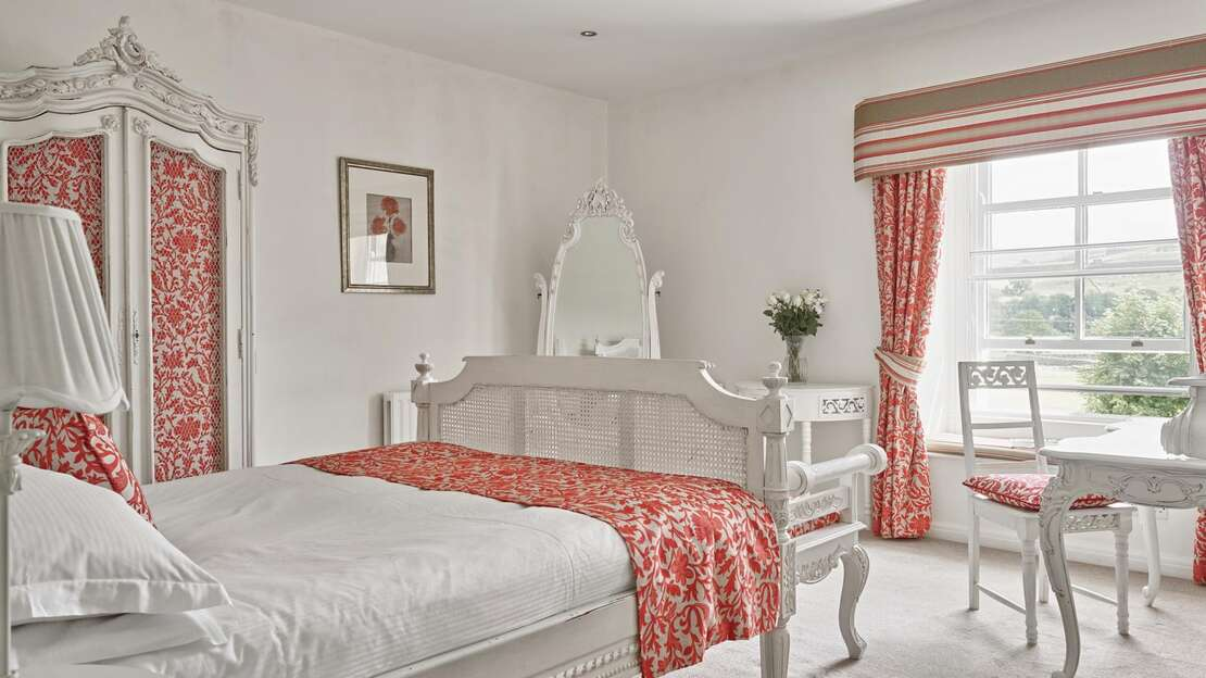 TAK-Room-Littondale.jpg_1564860092