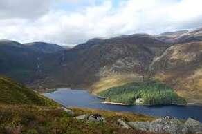 Loch Muick (30 minutes)