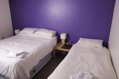 Triple, Room 10 En-suite, (includes Breakfast)