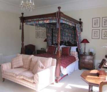 Premier Four-poster 2 Ensuite Incl. Breakfast Sleeping 2 persons