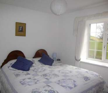 King-size Bed En-suite Double Room (inc. Breakfast)