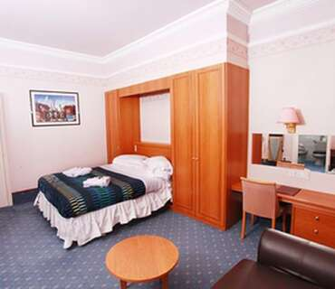 Annex Double En-suite Room (inc. Breakfast)