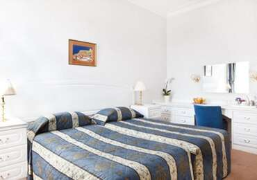 Bed And Breakfast - Standard Twin Bedded Room