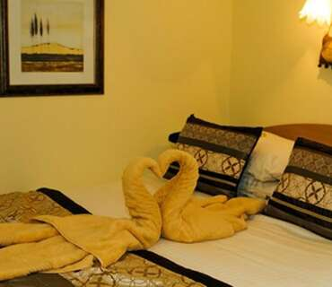**SMALL** Double-Room Only-En-suite