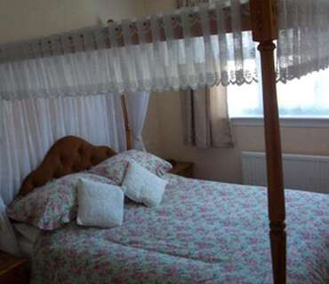 Double Room With Four Poster Bed (inc. Breakfast)
