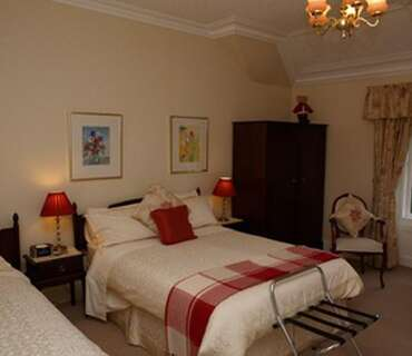 Single En-suite Room(double Bed) (inc. Breakfast)