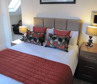 Room 10 - Double En-suite Room (inc. Breakfast)