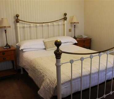 (5)Double En-suite Room