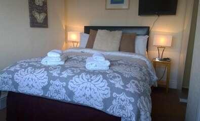Second Floor Double Room En-suite (2 adults)