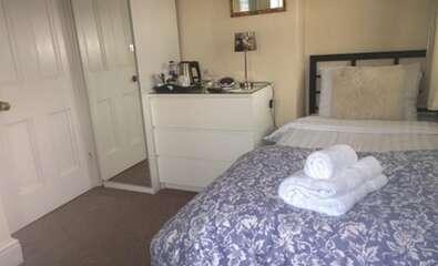 Single Room En-suite (1 adult)