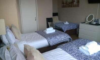 Triple Room En-suite (3 adults)