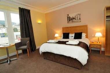 Double en-suite room (Breakfast and Dinner)