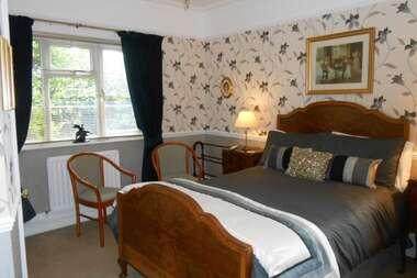 Double En-suite Room R1and R4 (inc. Breakfast)