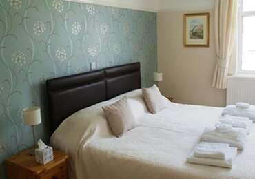 1.Super Kingsize Room 1st Floor En-suite (inc Breakfast)