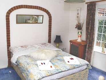 Double Room. Room Only FREE Parking for daily stays