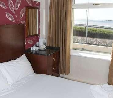 Double En Suite Room Sea View (inc Breakfast)