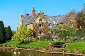 Cotton Manor & Gardens