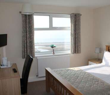 Double Sea View Ensuite Room (inc self service breakfast)