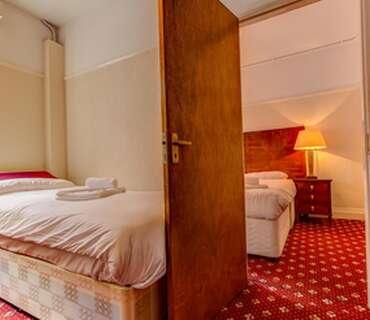 Triple En Suite Room (inc Breakfast)