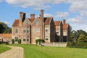 BREAMORE HOUSE near Fordingbridge, Hampshire (42 miles)