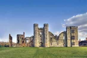 COWDRAY RUINS, Midhurst, West Sussex, (31 miles)