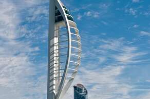 GUNWHARF QUAYS & THE SPINNAKER TOWER are 0.5 miles away (10 minutes on foot)