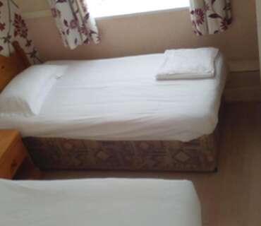 Family En Suite Room Ground Floor (inc Breakfast) 1d