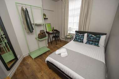 Room 2 - Double Room With Shared Bathroom