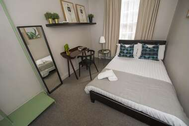 31 - Double Room With Shared Bathroom