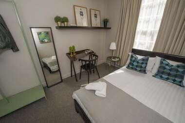 Room 1 - Double Room With Shared Bathroom