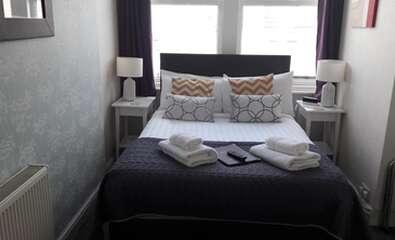 Ground Floor Double Room En-suite (2 adults)
